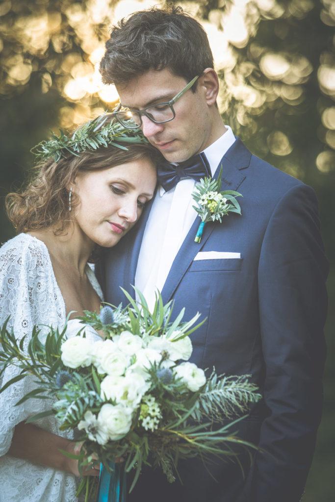 botaniczna oprawa florystyczna pary młodej do sesji ślubnej