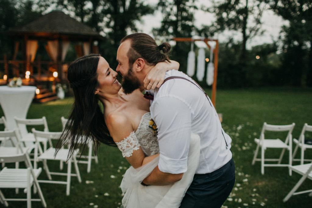 piękny ślub plenerowy